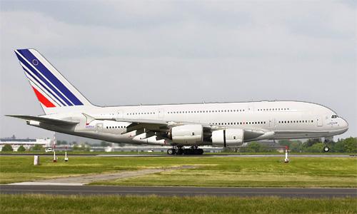 Аэробус А380-800