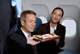 Авиакомпания Руслайн бесплатно кормит пассажиров эконом-класса